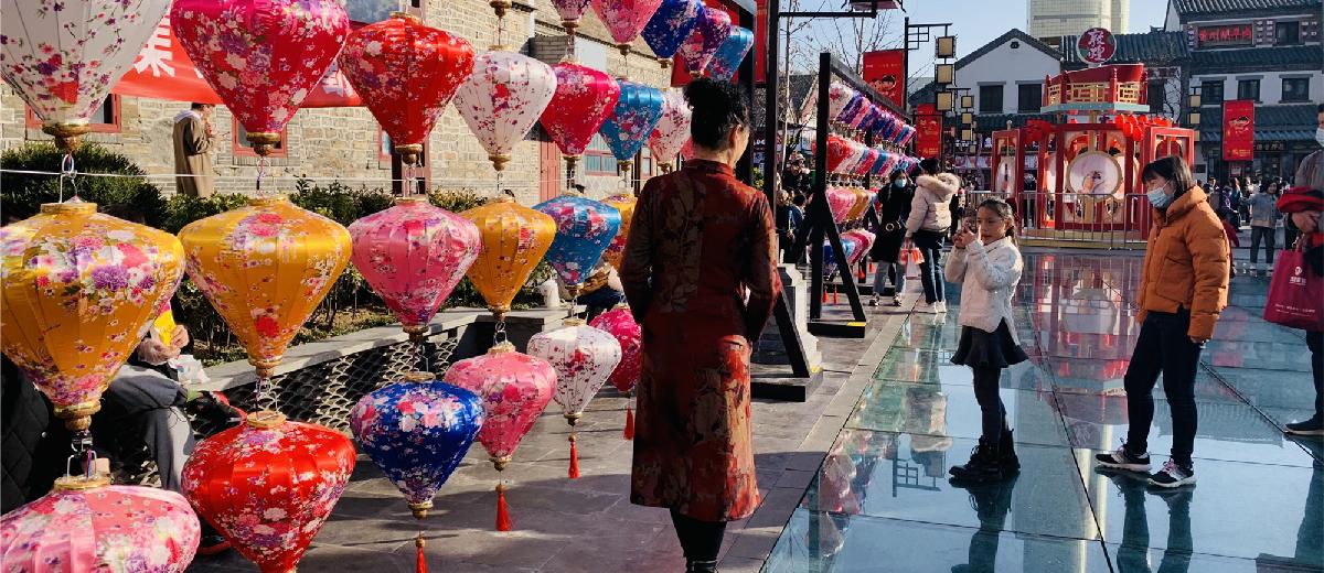 降温的春日周末,济南市民出游热度不减