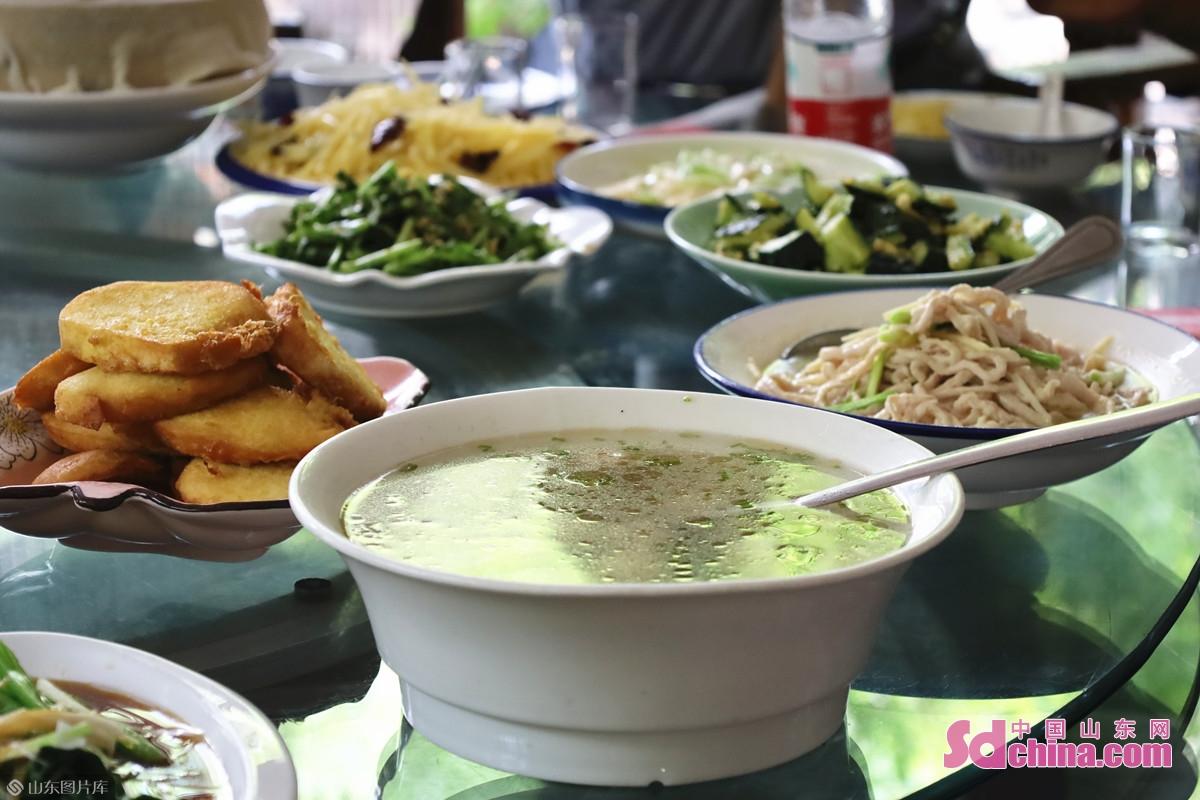 <br/>  他の山東料理も評判された。<br/>