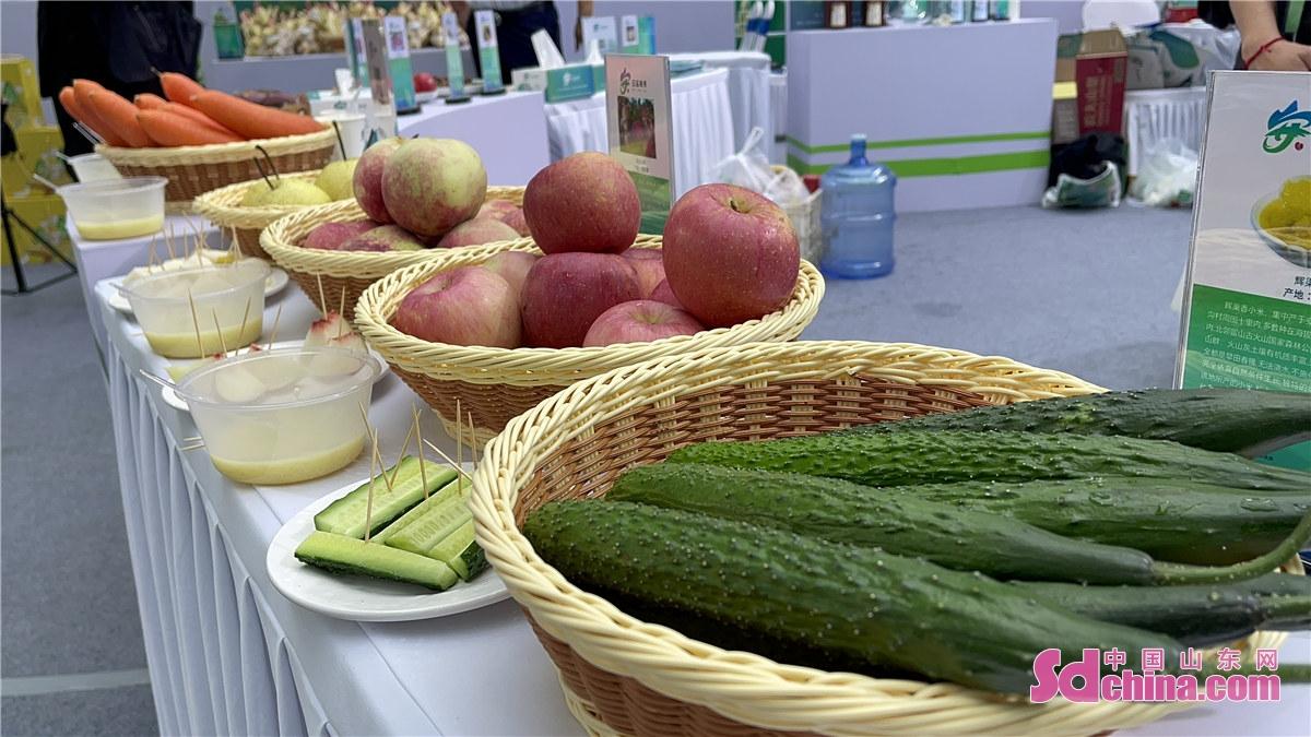<br/>  参展人员可现场品尝安丘的出口级农产品及加工食品、地方特色产品,体验先进设备技术,感受科技魅力。<br/>
