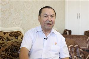 新疆各族干部群众心向党 阿布列林 阿不列孜:我要做焦裕禄的好学生