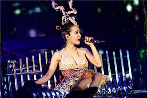 歌曲背后的故事 蔡依林新专辑封面大胆挑战