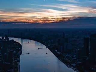 这一刻,瞰上海