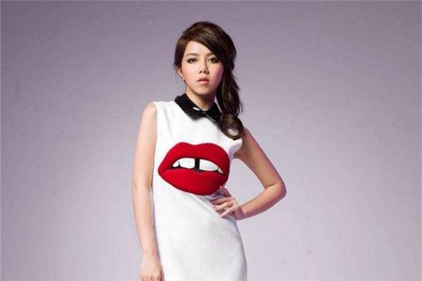 邓紫棋感谢歌迷支持 用中文歌曲开拓音乐新疆界