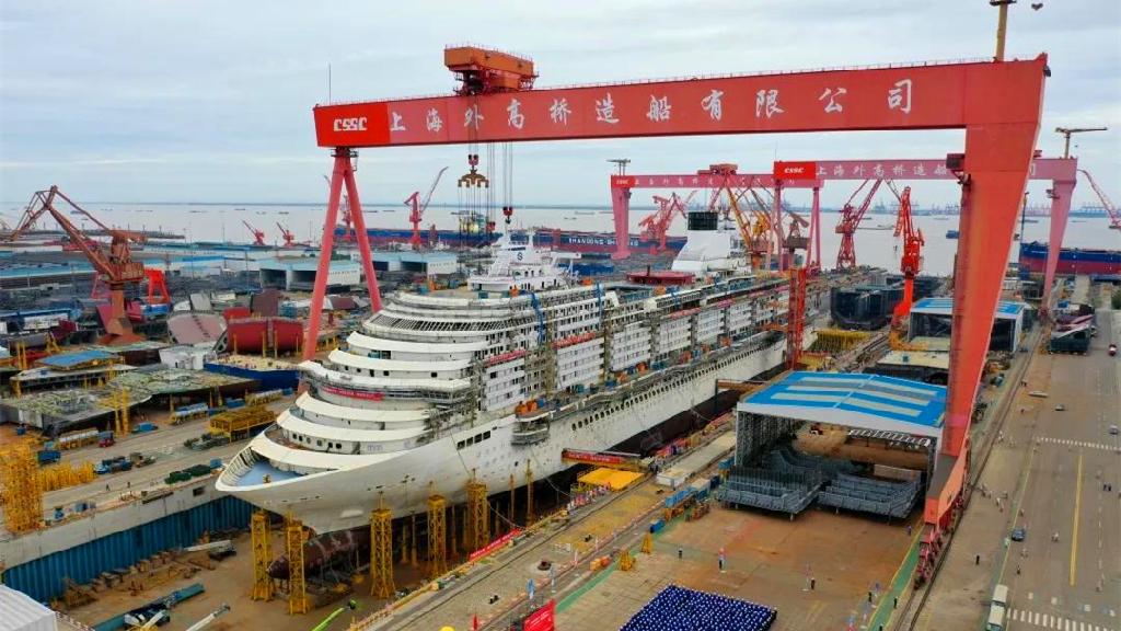 巨无霸积木!国产第一艘大型邮轮实现全船贯通