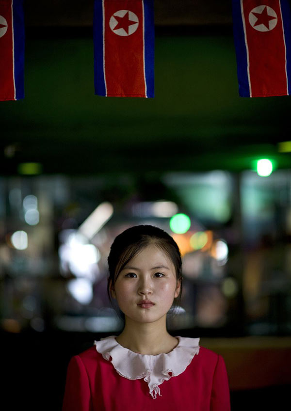 贫穷的朝鲜 镜头下的姑娘依然美丽图 中国山