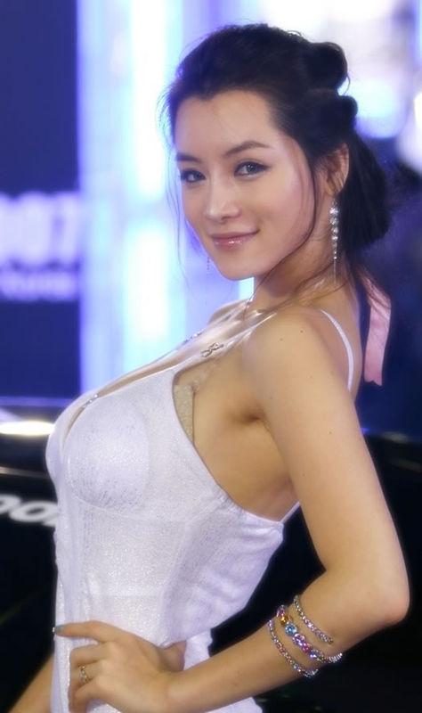 顶级赛车美女 中国山东网