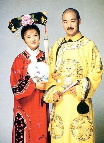张铁林辞演 新还珠格格 盘点历年皇家剧走红明星