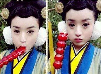 陈晓赵丽颖秀亲密 当红女星吃货萌照图片
