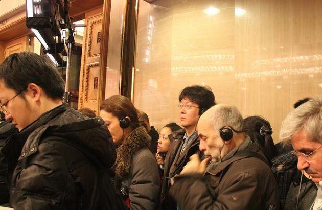 外国记者艰难跑两会:中文不佳又脸盲