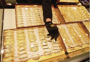 金银珠宝业负增长