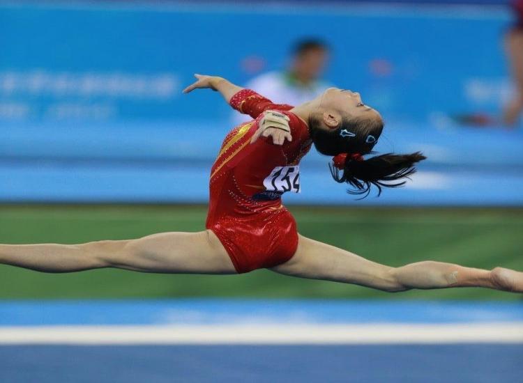 直击第45届体操世锦赛中国女团决赛现场(高清大图)