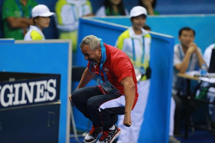 直击第45届体操世锦赛:表现出色 教练嗨翻了