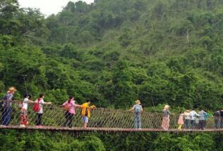 海南:文明出游 其乐融融