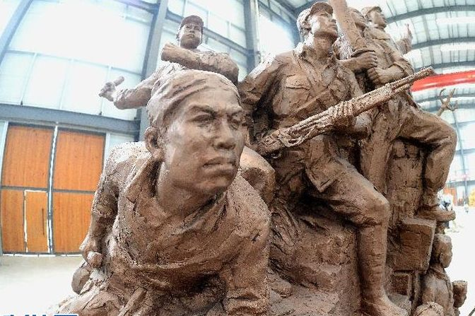 """抗战雕塑""""泰山魂""""在山东临朐完成"""
