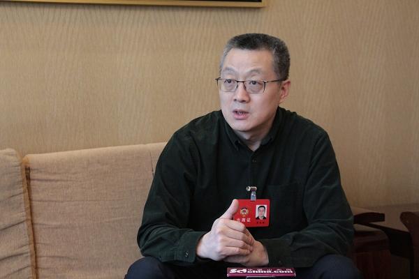 裴忠毅:一概而论对待职务犯罪刑满释放人员有失公允