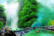 湖北开通首条低空旅游线路 游客可乘直升机鸟瞰美景
