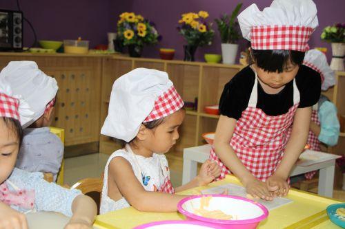 济南市启动第六个学前教育宣传月活动