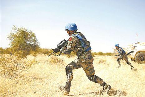 中国军队生动诠释了什么是大国担当