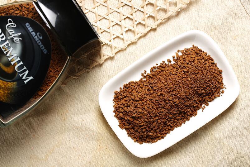 喝速溶咖啡比吸烟更致癌?