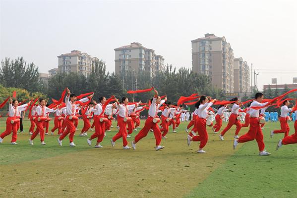 16届青岛社区健身节开幕 预计百余社区万余市民参与