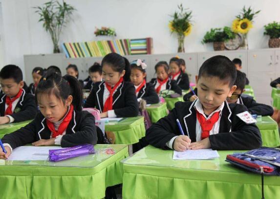 教育扶贫暖心又给力