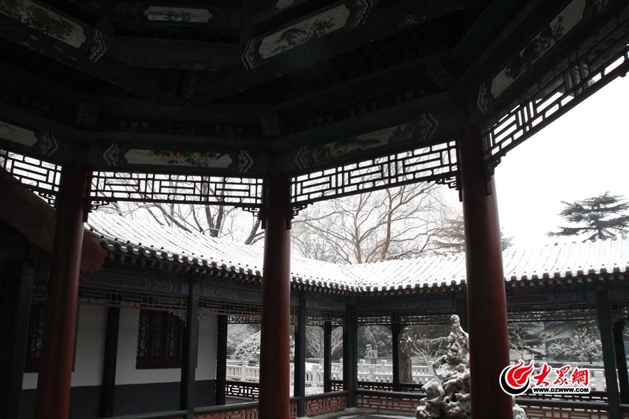 雪后的华东革命烈士陵园。<br/>