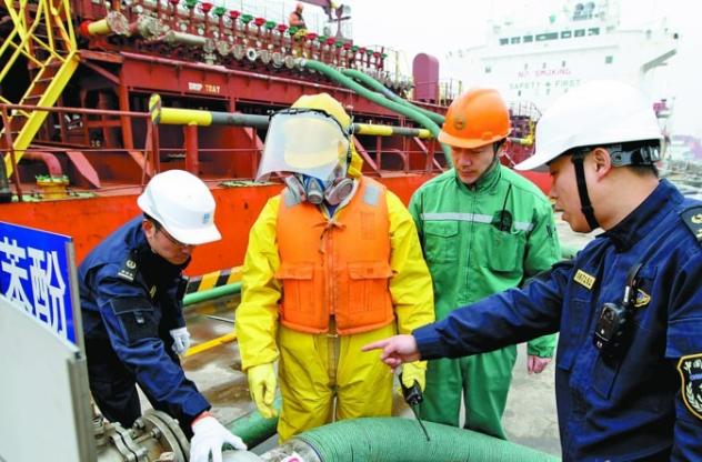 24小时监管 高标准守护长江生态安全