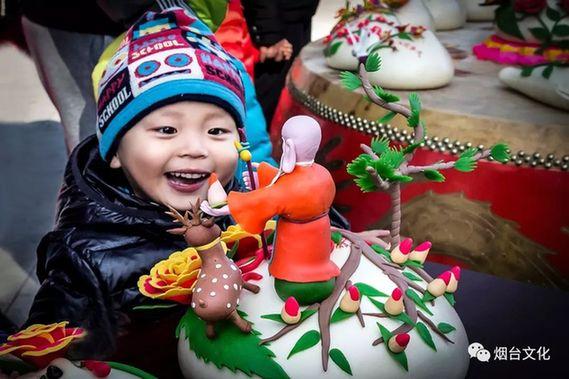 Delicate ''Jiaodong bobo'' on display in Yantai
