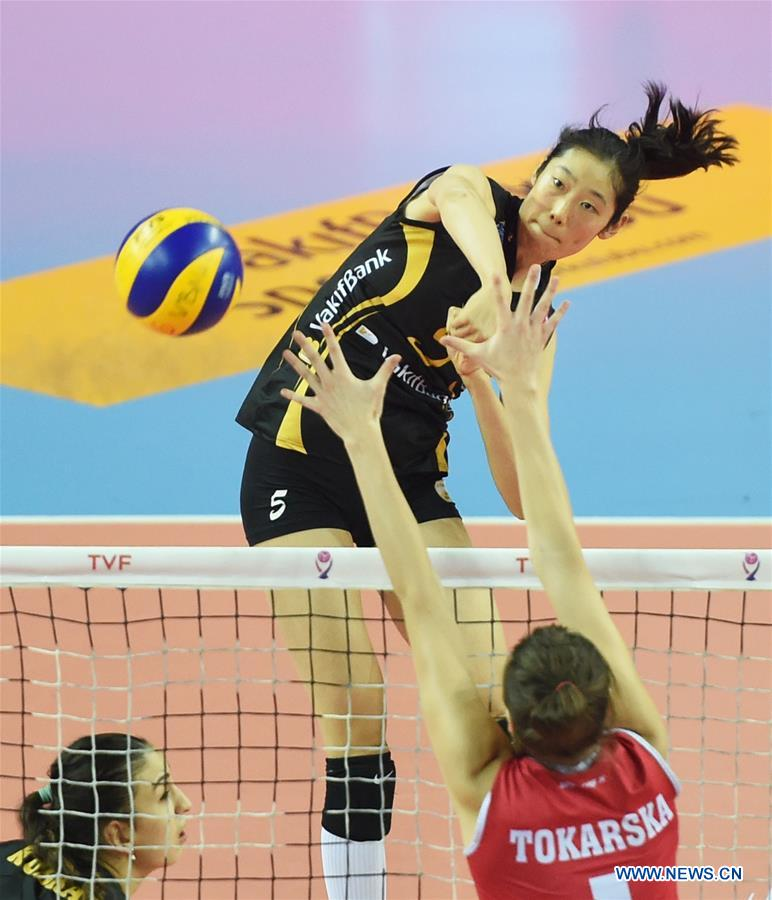 Vakifbank's Zhu Ting (Top) spikes during the second leg match between Vakifbank and Besiktas of the 2017-2018 Turkish Women Volleyball League Playoffs Quarter Final in Istanbul, Turkey, on March 6, 2018. Vakifbank won 3-0 and was qualified for the semifinal. (Xinhua/He Canling)<br/>