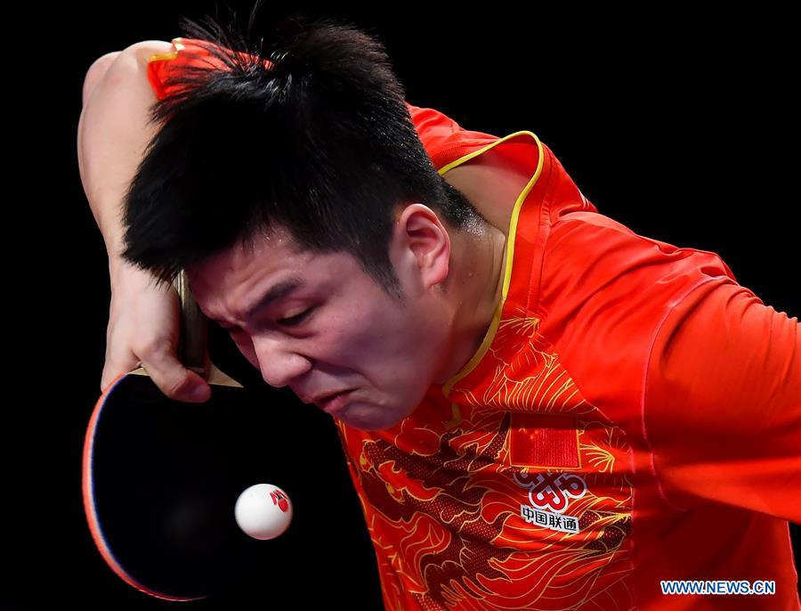 Fan Zhendong of China serves during the men's singles final match against Hugo Calderano of Brazil at ITTF World Tour Platinum, Qatar Open in the Qatari capital Doha on March 11, 2018. Fan Zhendong won 4-0. (Xinhua/Nikku)