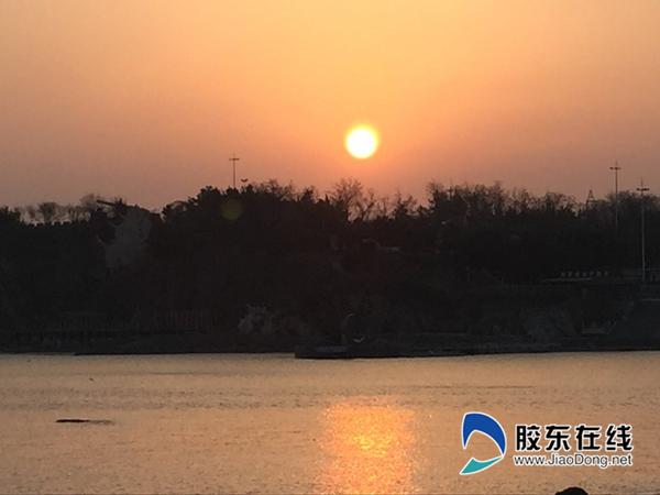 3月12日烟台海滨 刘玉曦摄_副本