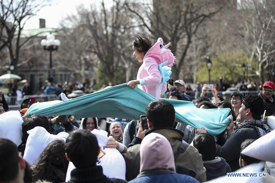 People participate in a pillow fight in Washington D.C., the United States, on April 7, 2018. (Xinhua/Ting Shen)People participate in a pillow fight in New York, the United States, on April 7, 2018. Hundreds of people took part in the annual event to reduce stress and enjoy themselves here on Saturday. (Xinhua/Wang Ying)People participate in a pillow fight in New York, the United States, on April 7, 2018. Hundreds of people took part in the annual event to reduce stress and enjoy themselves here on Saturday. (Xinhua/Wang Ying)People participate in a pillow fight in New York, the United States, on April 7, 2018. Hundreds of people took part in the annual event to reduce stress and enjoy themselves here on Saturday. (Xinhua/Wang Ying)
