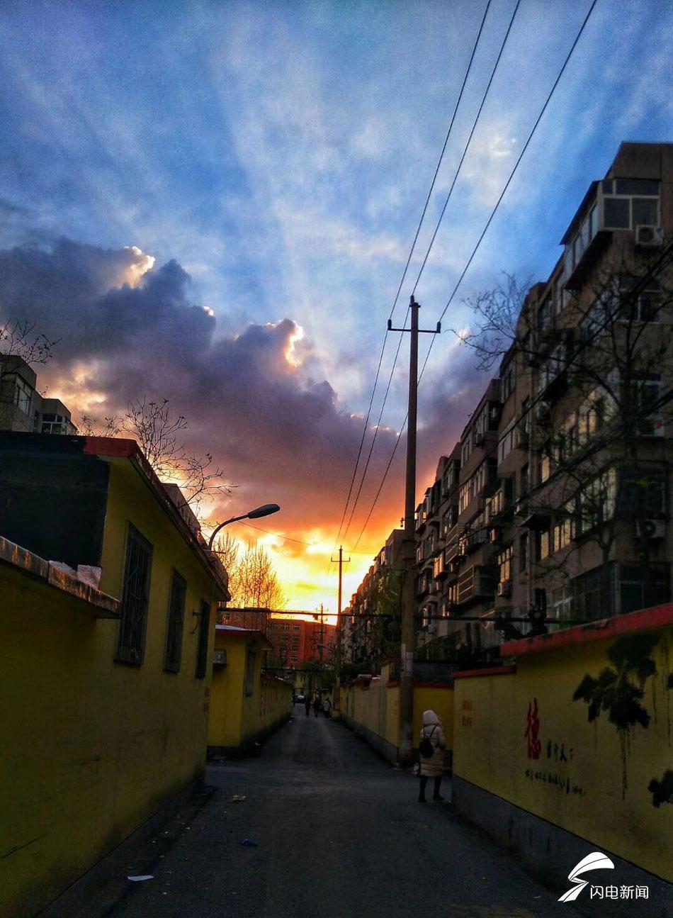 <br/>  4月6日,济南,清明假期的第二天,夕阳西下,美不胜收。<br/>