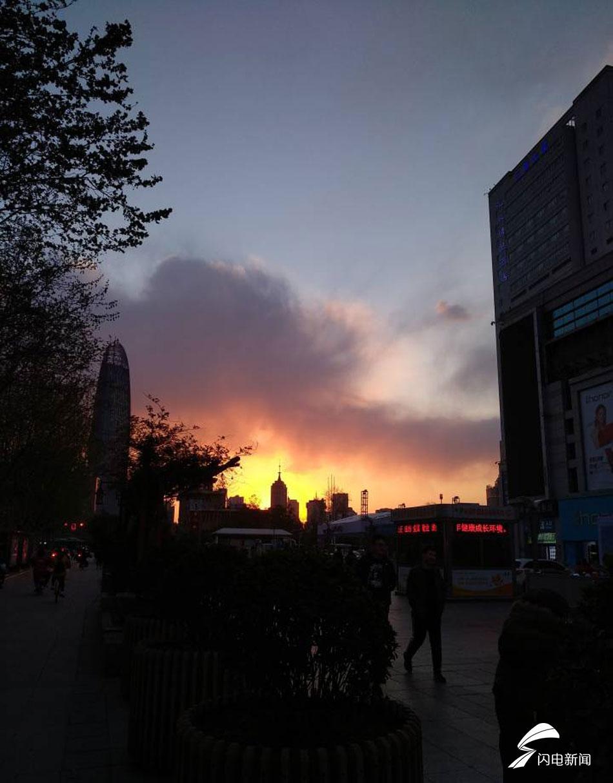 今天的济南城,随手一拍便是大片。