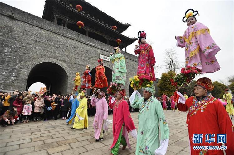 [중국 설 이야기] 중국 묘회에서 느끼는 '명절 분위기+새해 느낌'