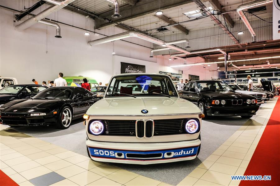 Vintage cars are seen during the 2018 Warsaw Oldtimer Show in Nadarzyn, southwest of Warsaw, Poland, on May 13, 2018. The show was held here from May 12 to May 13, attracting about 300 exhibitors to display almost 2,000 vintage cars. (Xinhua/Chen Xu)<br/>
