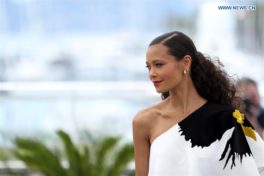 Actress Thandie Newton of the film &quot;Solo: A Star Wars Story&quot; poses during a photocall at the 71st Cannes International Film Festival in Cannes, France, on May 15, 2018. The 71st Cannes International Film Festival is held from May 8 to May 19. (Xinhua/Luo Huanhuan)<br/>