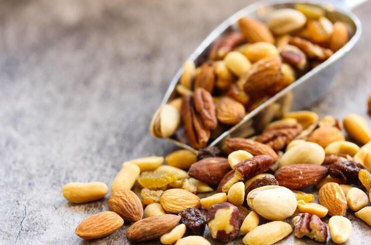 常吃坚果或降低心律不齐风险