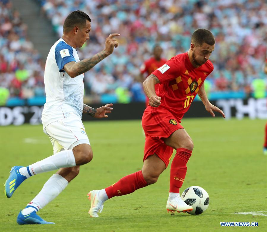 Eden Hazard (R) of Belgium controls the ball during a group G match between Belgium and Panama at the 2018 FIFA World Cup in Sochi, Russia, June 18, 2018. (Xinhua/Bai Xueqi)<br/>