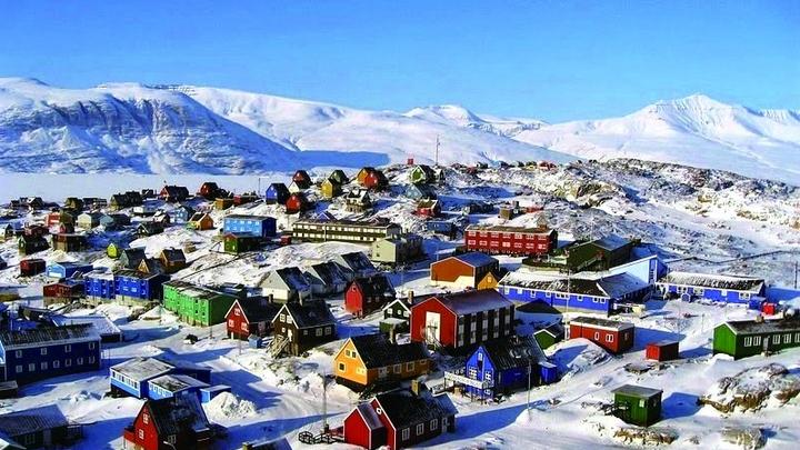 """在格陵兰岛""""看屋色办事"""""""