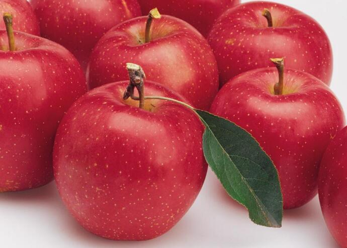 每天吃苹果,小毛病绕道走