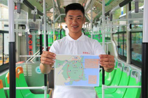 温馨巴士老司机自制地图方便游客_中国山东网_青岛