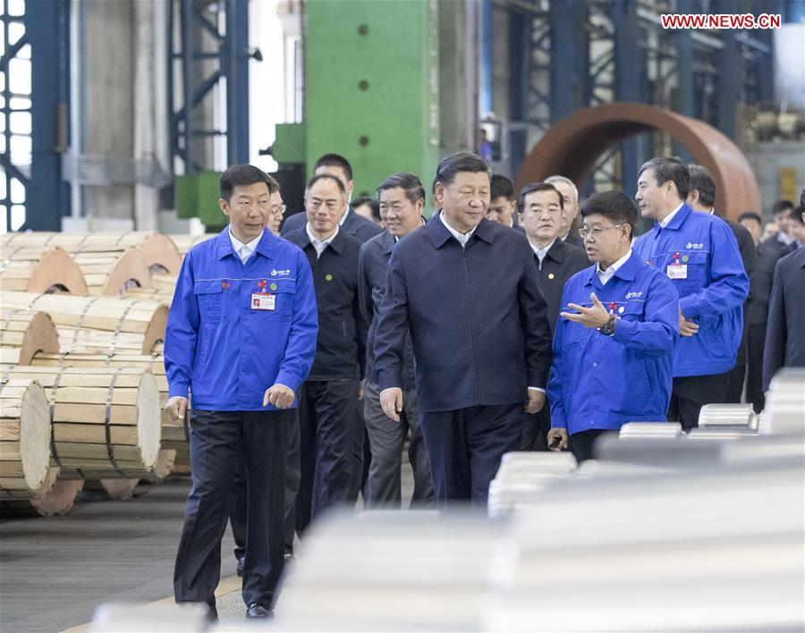 Chinese President Xi Jinping, also general secretary of the Communist Party of China (CPC) Central Committee and chairman of the Central Military Commission, visits a workshop of China First Heavy Industries (CFHI) in Qiqihar, northeast China's Heilongjiang Province, Sept. 26, 2018. Xi inspected Qiqihar on Wednesday. (Xinhua/Wang Ye)<br/>