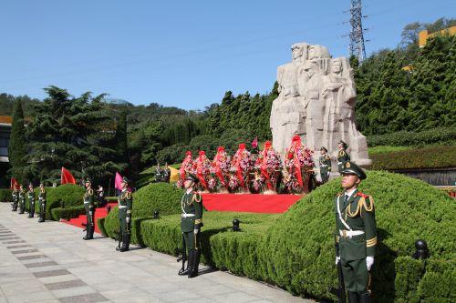 青岛市公祭烈士活动现场