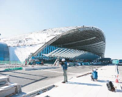"""探访建设中的北京新机场 让""""凤凰""""如期平稳展翅"""