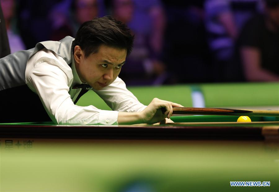 (SP) BRITAIN-YORK-SNOOKER-UK CHAMPIONSHIP-DING VS XIAO