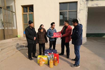 山东福彩助自强少年追梦 送去5000元救助金和生活用品