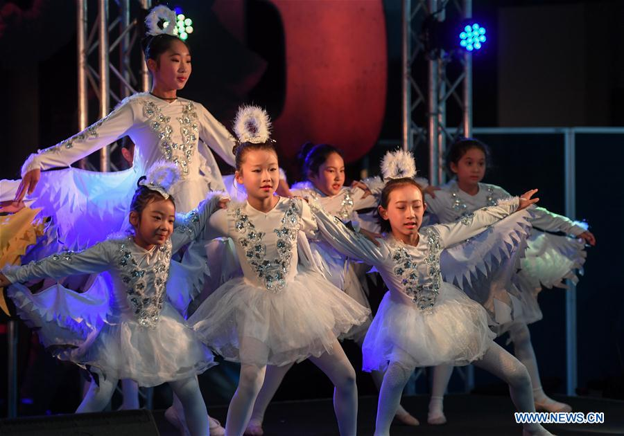 Children perform during the Chinese Community Stage Festival at Museum of New Zealand in Wellington, New Zealand, March 9, 2019. The Museum of New Zealand held the Chinese Community Stage Festival event on Saturday to celebrate the 2019 China-New Zealand Year of Tourism. (Xinhua/Guo Lei)<br/>