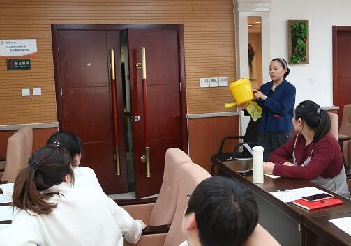 济南市机关医院:加强医疗废弃物管理 开展培训随堂测试