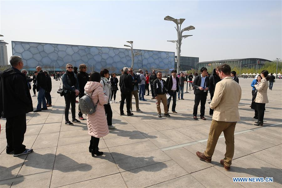 (SP)CHINA-BEIJING-WORLD NEWS AGENCIES-WINTER OLYMPIC-VENUES VISIT (CN)